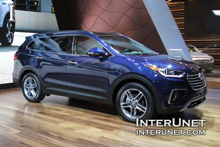 2017-Hyundai-Santa Fe-Limited-AWD-exterior