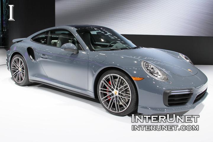 2017-Porsche-911-Turbo-side