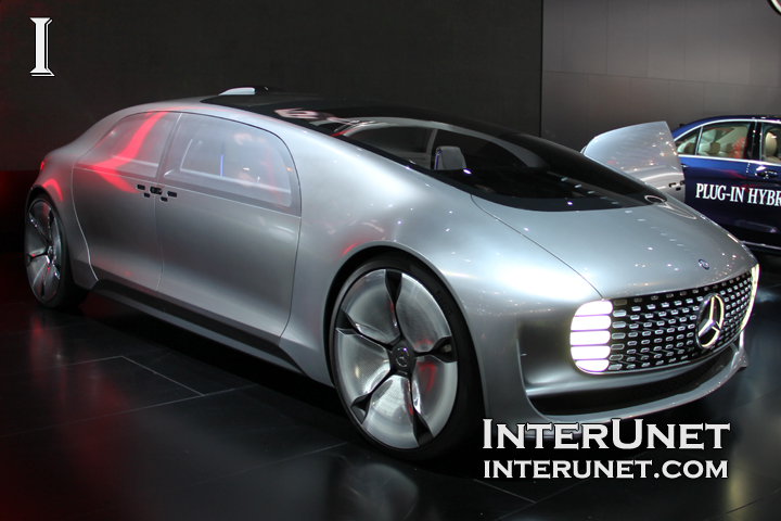 Mercedes-Benz F 015 concept – a self-driving car