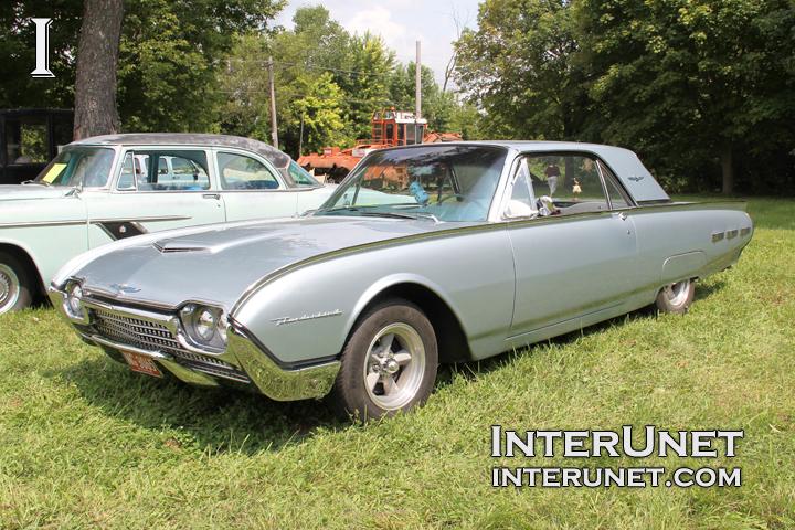 1962-Ford-Thunderbird