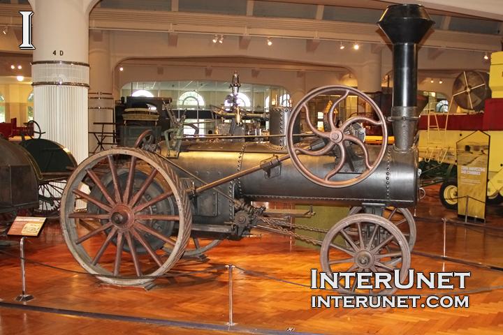 steam-tractor-engine