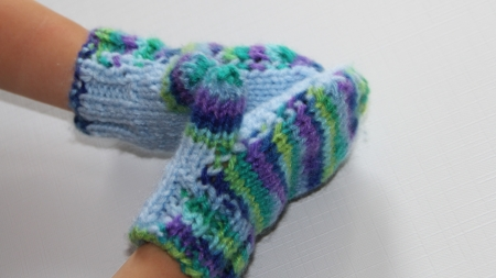 knit-baby-mittens