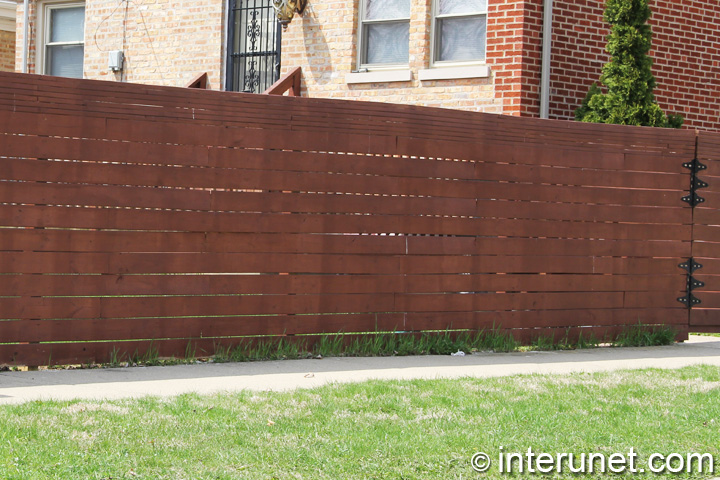 horizontal-boards-wood-fence-with-gate