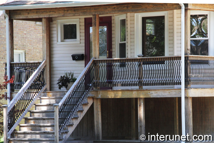 lumber-front-porch-covered