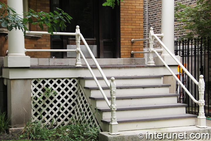 porch-on-concrete-pillars-with-custom-railing