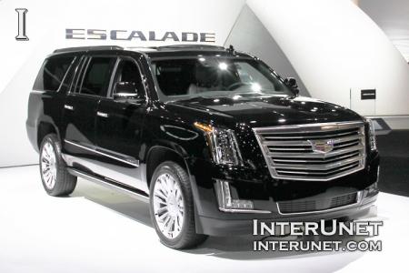 2017-Cadillac-Escalade