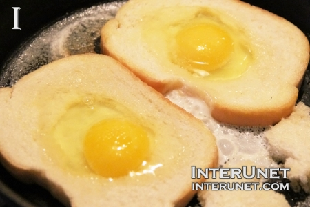 fried-bread-with-eggs