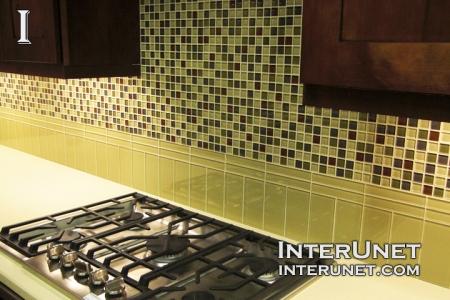 kitchen-backsplash-glass-tile