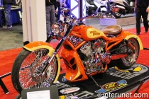 Harley-Davidson-V-Rod-Modified-2005-Harley-Davidson-Screamin'-Eagle