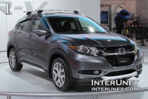 2016 Honda HR-V front passenger side view