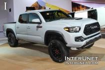 2017-Toyota-Tacoma-TRD-Pro-exterior