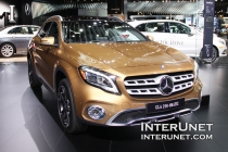 2018-Mercedes-Benz-GLA-250-4Matic-lights-front