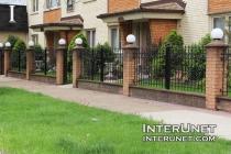 brick-fence-with-lights-design-ideas
