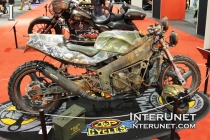 1992-Kawasaki-Ninja-ZX750j-custom-motorcycle