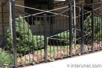 custom-welded-steel-fence