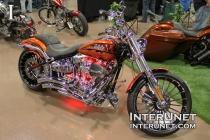 2014-Harley-Davidson-CVO-Breakout