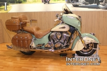 2018-Indian-Roadmaster-Classic