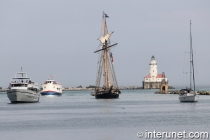 Boats-tall-ships-coming-to-Navy-Pier