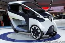Toyota-i-road-Three-wheel-two passenger-electric-car