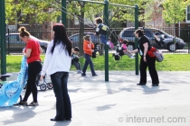 children-with-mothers-in-the-park