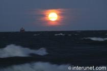 full-moon-on-Lake-Michigan