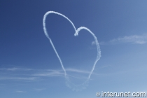 heart-in-the-skies-made-by-plane