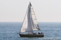 sailboat-on-lake-michigan