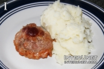 meatball-with-mashed-potato