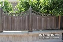 metal-concrete-fence-design-ideas