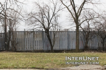 metal-fence-around-commercial-property