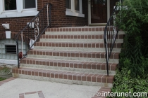 stylish-steps-with-simple-railing