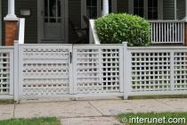 wood-fence-with-lattice-gates