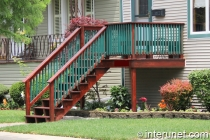 wood-front-porch-pained-red-green-colors