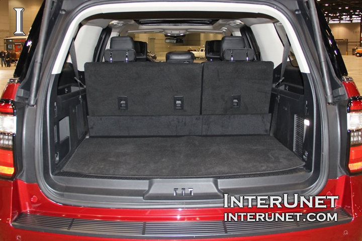 2018-Ford-Expedition-MAX-cargo-space