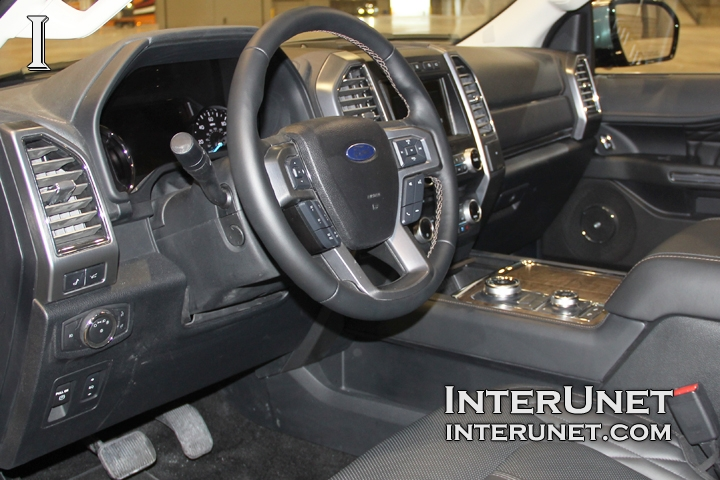 2018-Ford-Expedition-MAX-interior-controls