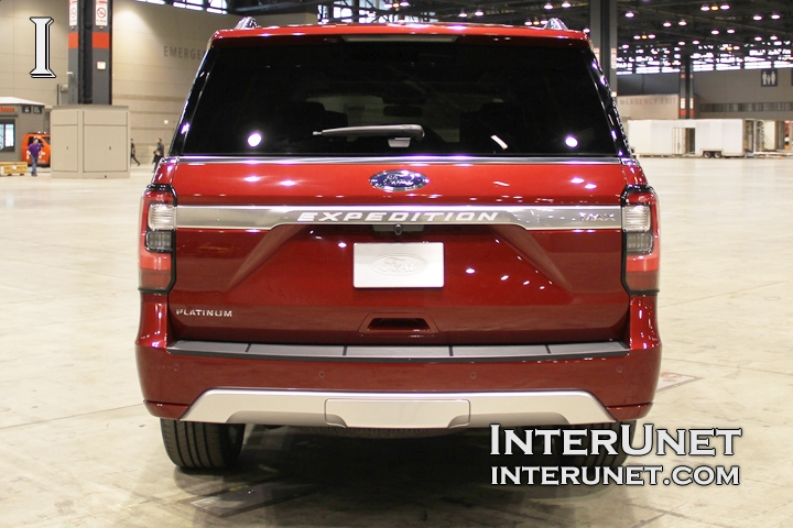 2018-Ford-Expedition-MAX-rear
