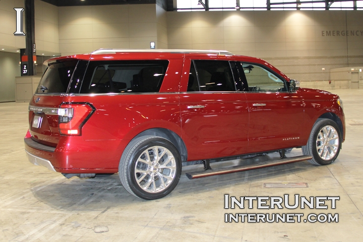 2018-Ford-Expedition-MAX-side-right