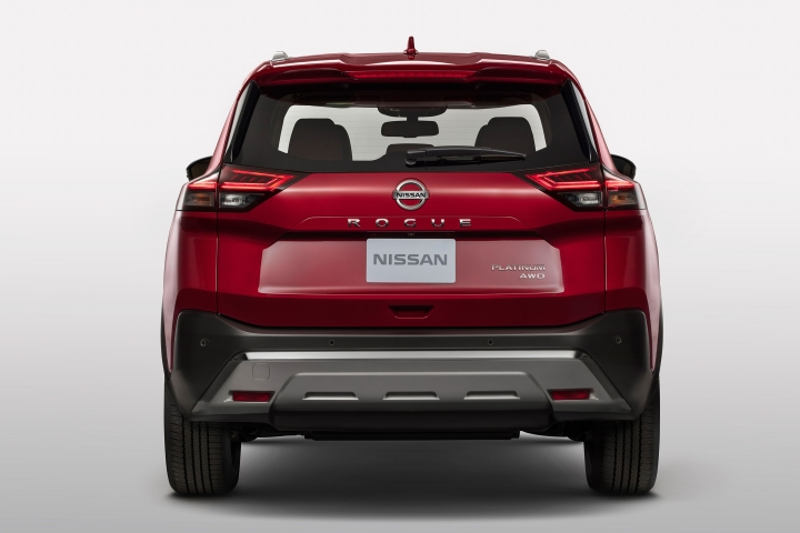 2021 Nissan Rogue Platinum AWD rear red