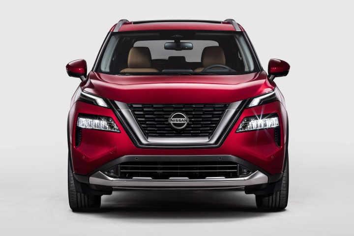 2021 Nissan Rogue red