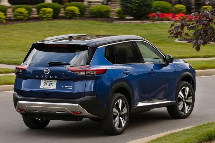 2021 Nissan Rogue Platinum blue rear