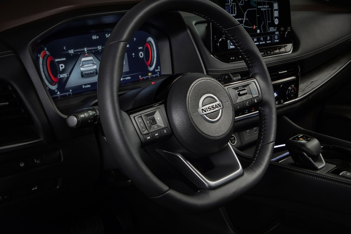 2021 Nissan Rogue steering wheel