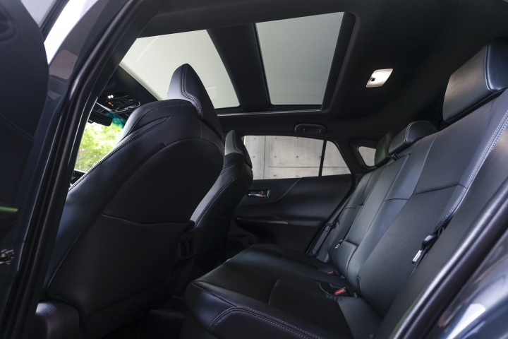 2021 Toyota Venza Limited rear seats