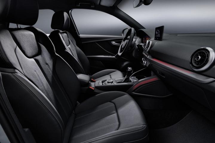 2021-Audi-Q2-black-interior