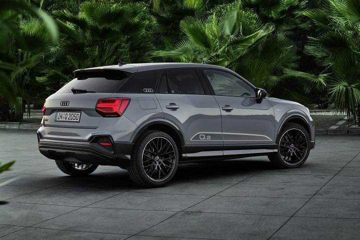 2021-Audi-Q2-rear-side