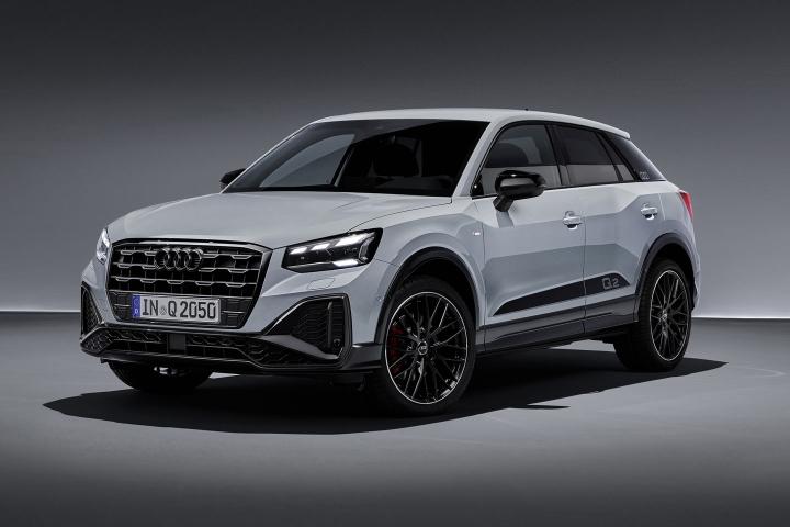 2021-Audi-Q2-driver-side