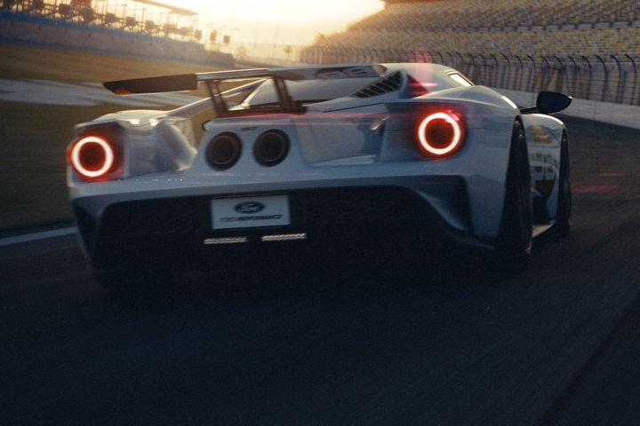 2021-Ford-GT-race
