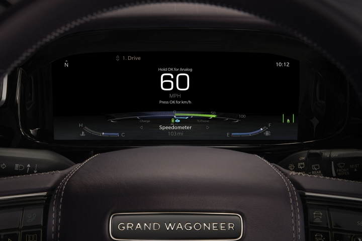2021-Jeep-Grand-Wagoneer-instrumental-panel