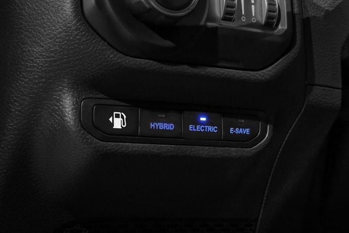 2021-Jeep-Wrangler-Rubicon-4xe-drive-mods