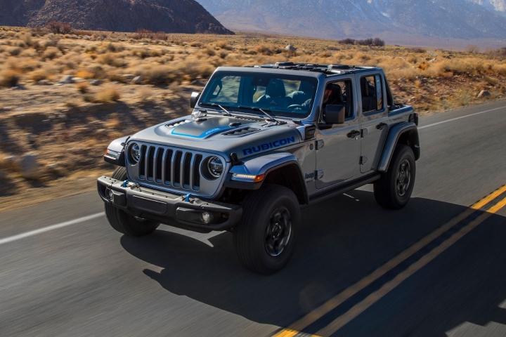 2021-Jeep-Wrangler-Rubicon-4xe-road-trip
