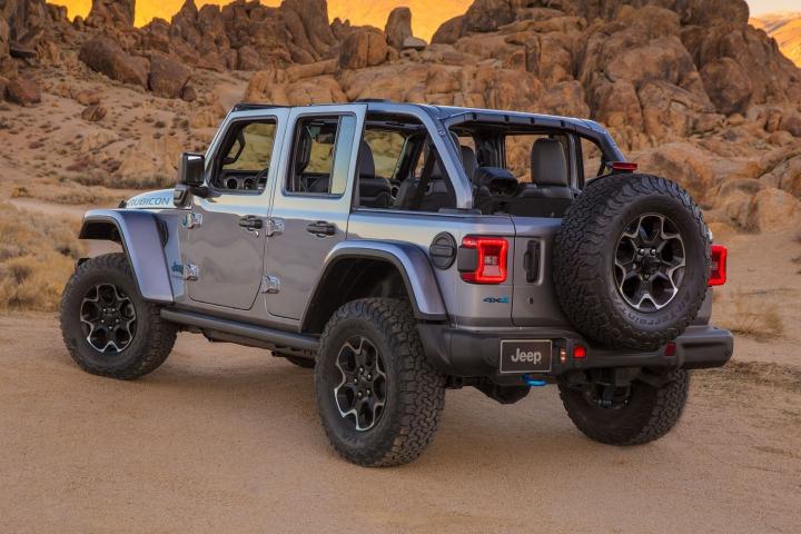 2021-Jeep-Wrangler-Rubicon-4xe-electric